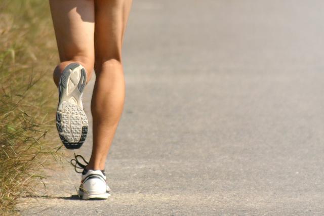 足は人生のアドバイザーであり映し鏡|下肢の骨や筋肉の運動機能と足裏のアーチ構造の驚くべきシステム